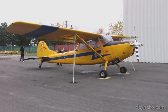 avion qui tire des planeurs