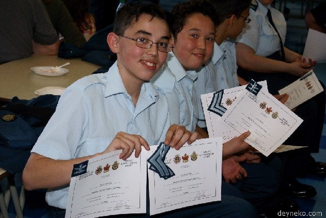deux diplomes de caporal