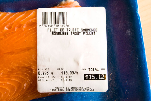 Boneless trout fillet on price tag