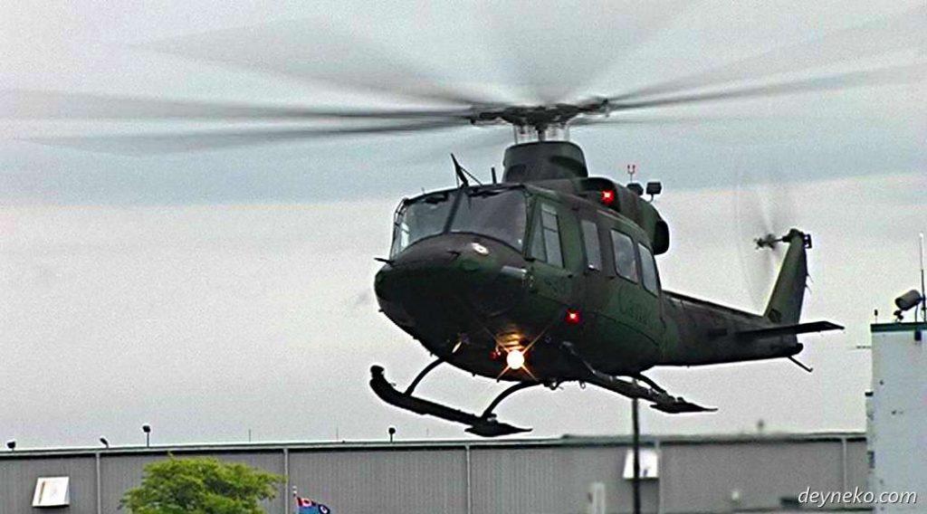 покататься на вертолете в Монреале