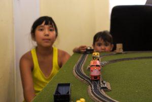 Железная дорога для ребенка готова, можно играть!