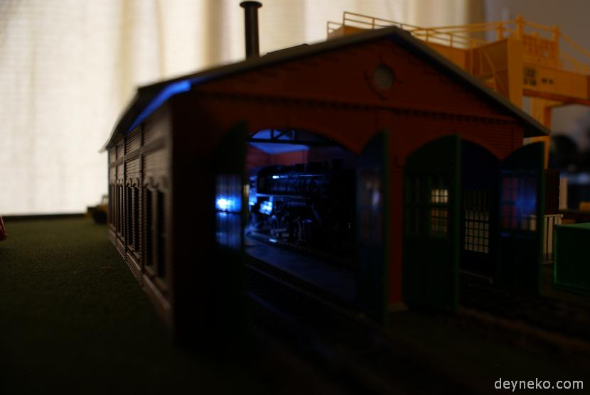 HO railway layout lights