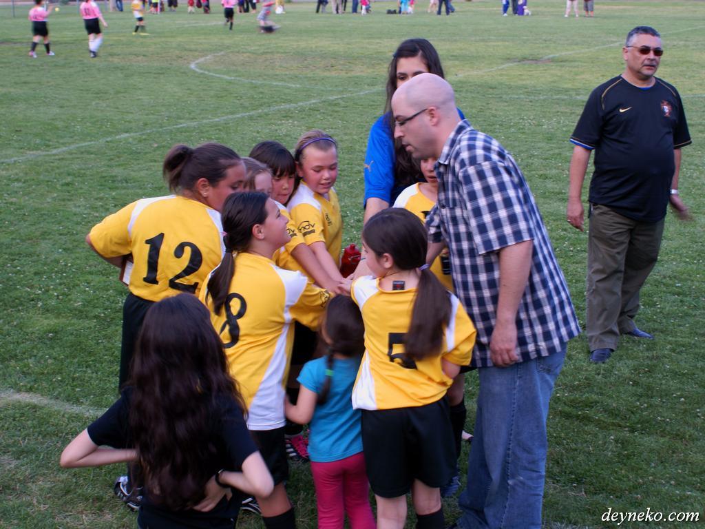 Первая победа девчачьей футбольной команды