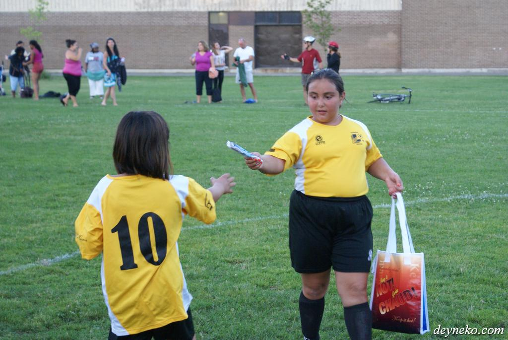 Girls from soccer team like ice cream