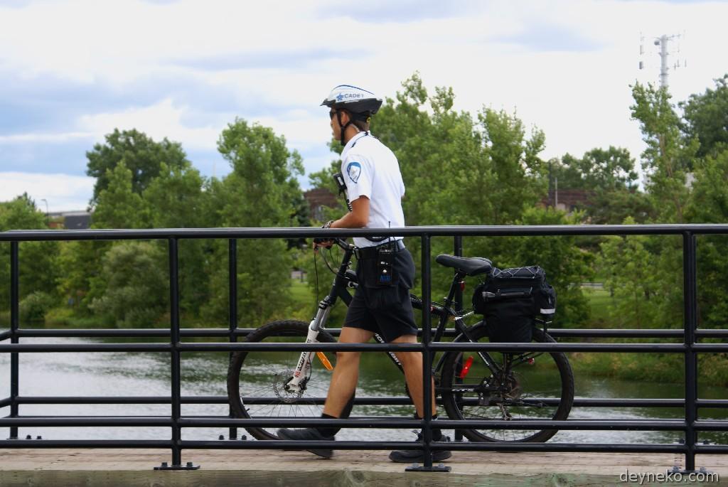 Так патрулируют парки в Монреале