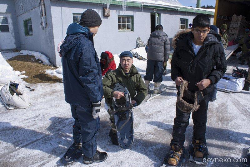 Comment attacher les raquettes aux cadets