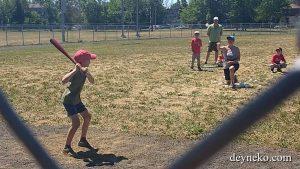 Ален начал заниматься бейсболом